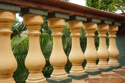 photo of colonial balusters